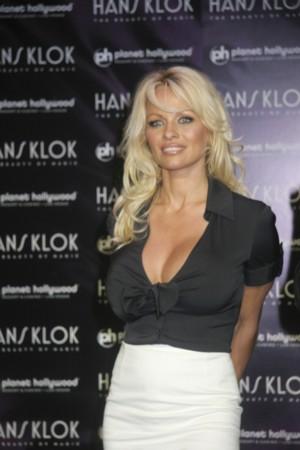 Pamela Anderson ma już dosyć swojej matki