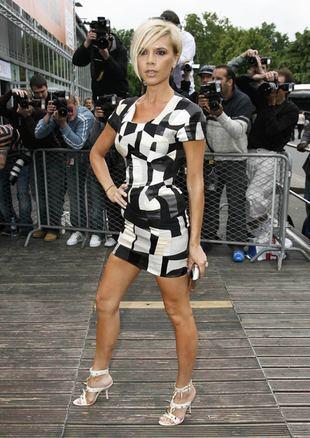 Victoria Beckham straszy butami