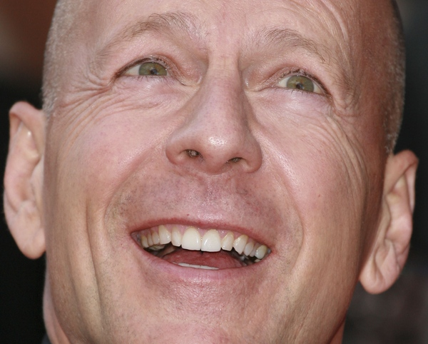 Bruce Willis to beztalencie