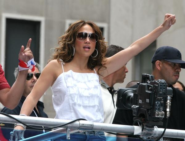 Jak J.Lo dba o związek