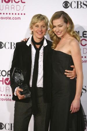 Portia de Rossi chce adoptować