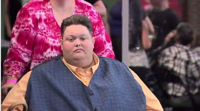 Oty�y uczestnik X-Factor obieca� co� Simonowi Cowellowi