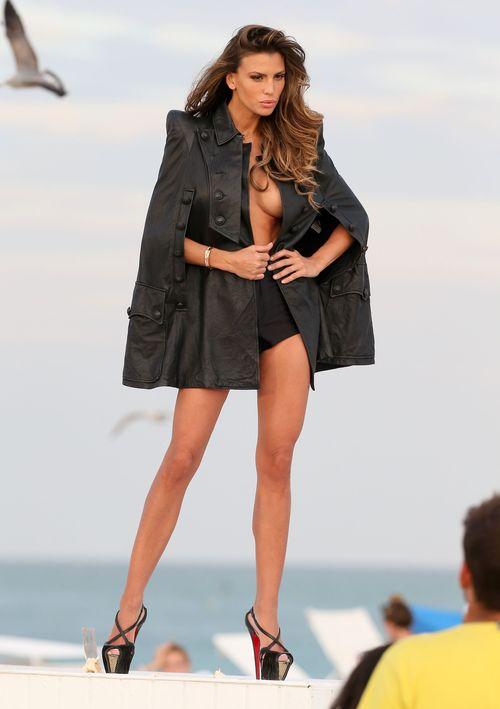 Claudia Galanti chwali się sztucznym biustem