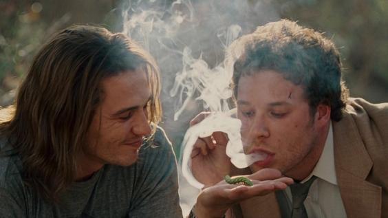Co naprawdę palą i wciągają aktorzy w filmach? (FOTO)