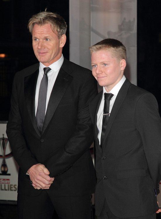 To dziecko wygląda jak Gordon Ramsey!