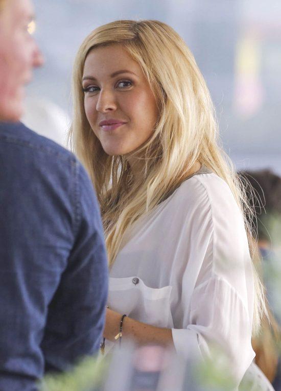 Ellie Goulding bez makijażu wygląda jak fotomodelka