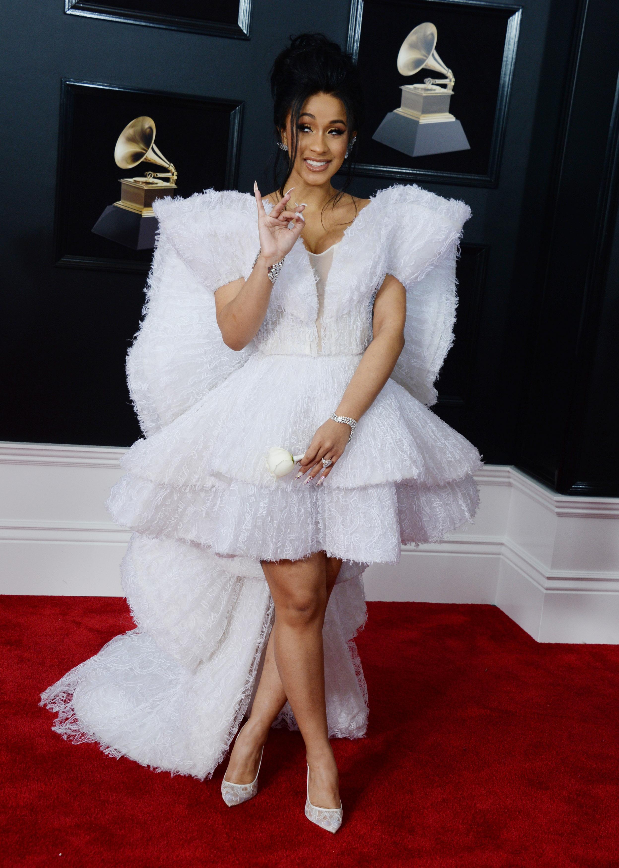 Pink cała w piórach, nożka Rity Ory... Zobacz kreacje na Grammy 2018 (ZDJĘCIA)