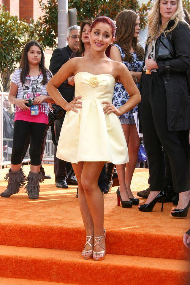 Ariana Grande pokazuje, że nie jest grzeczną dziewczynkąFOTO