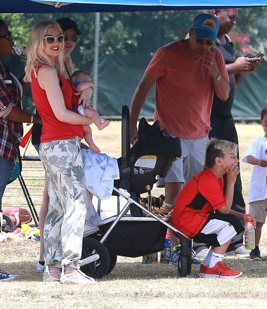 Gwen Stefani przebra�a synka za Spidermana (FOTO)