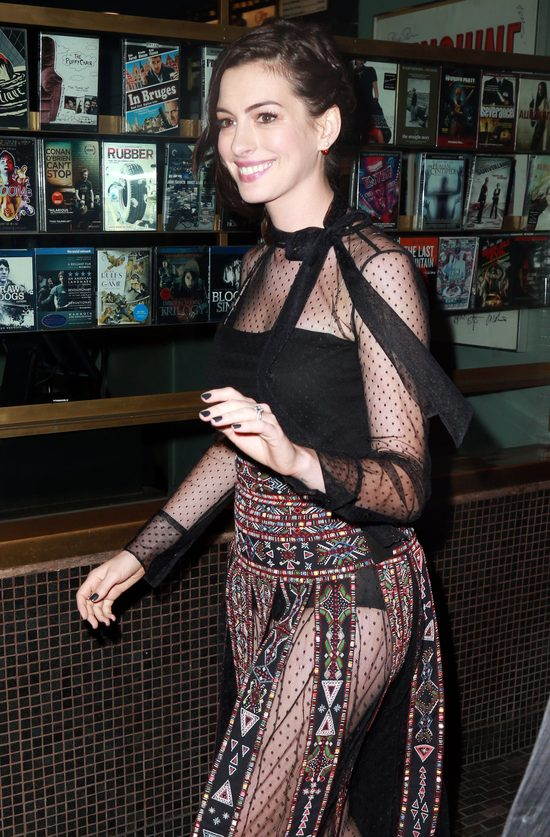 Anne Hathaway jest w ciąży!
