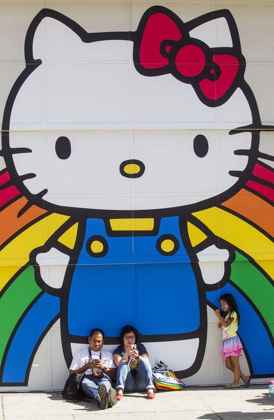 Prawdziwa historia Hello Kitty mrozi krew w żyłach!