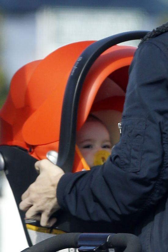 Rzadki widok- Jennifer Love Hewitt z całą rodzinką (FOTO)