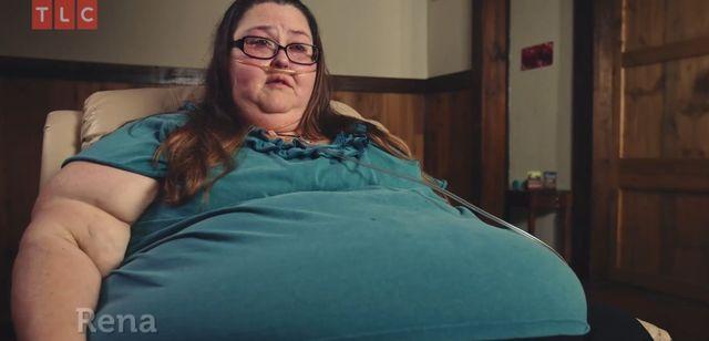 Rena jest otyłą kaleką, ale bez niej jej chłopak już by nie żył (VIDEO)