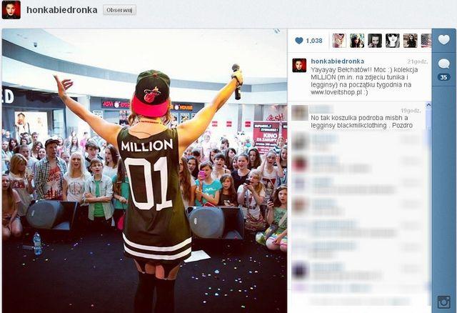 Internauci oskarżają Honey o kopiowanie ubrań (FOTO)