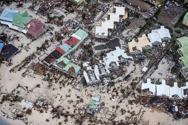 Huragan Irma spustoszył Karaiby, Floryda szykuje się na atak (ZDJĘCIA)