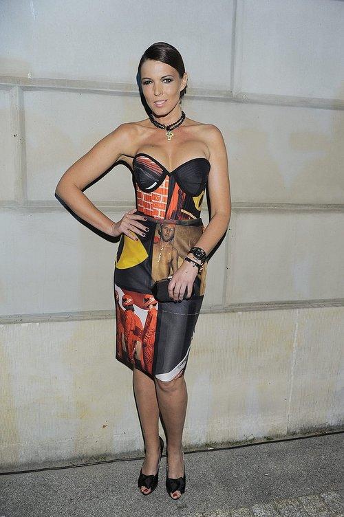 Czyżby była modelka zafundowała sobie nowy biust?