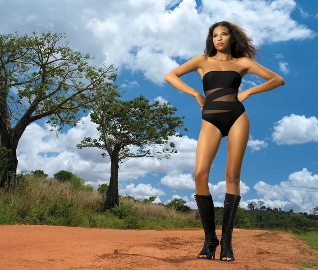 SHE - tego lata na plaży będzie królowała Afryka