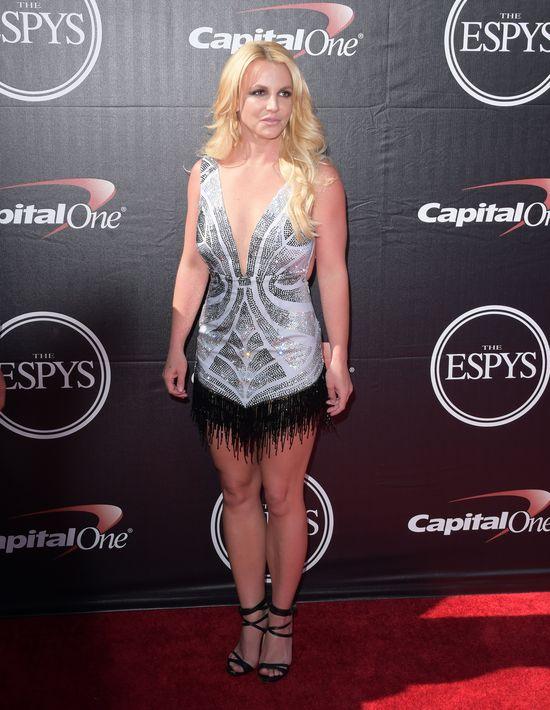 Britney Spears chwali si� swoj� figur�. Fani nie kryj� zaskoczenia