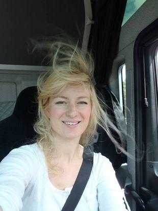 Iwona Blecharczyk – krucha blondynka za kierownicą tira