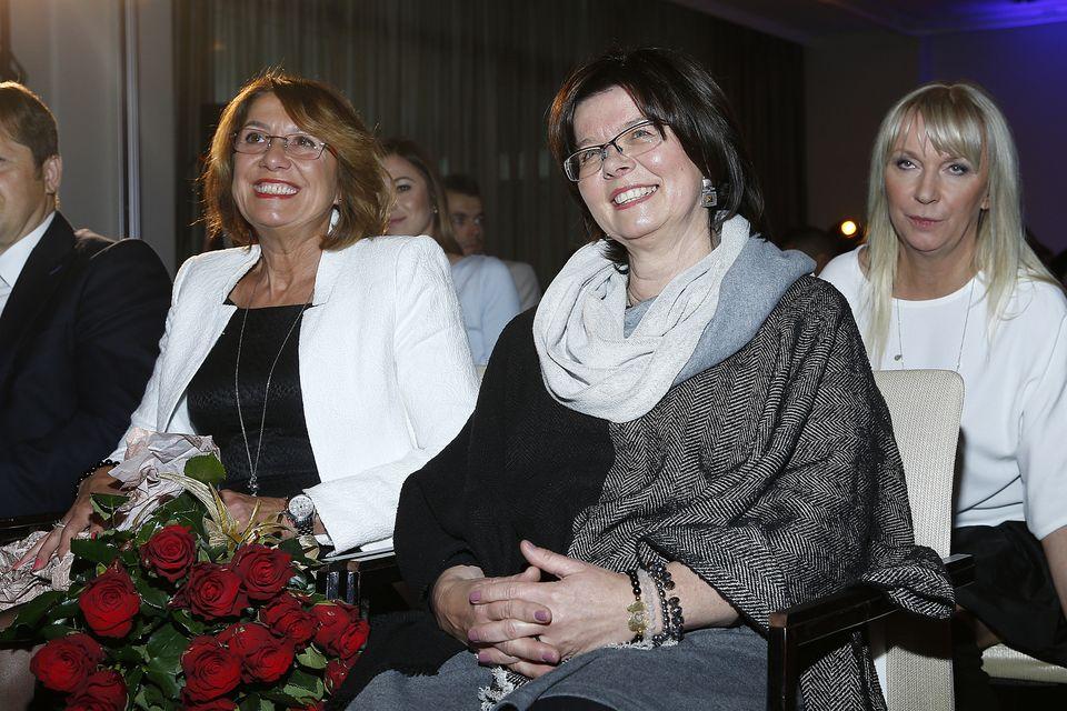 Iwona Lewandowska, mama Roberta, ma dziś urodziny - Lewy pamięta na Instagramie