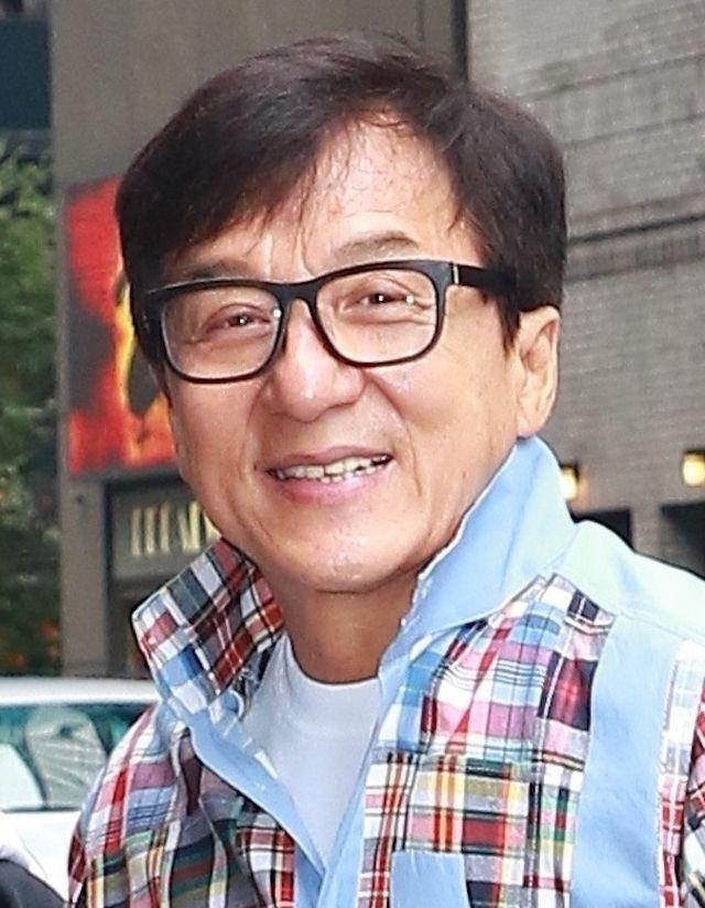 Córka Jackiego Chana z partnerką: Jesteśmy bezdomne, śpimy pod mostem