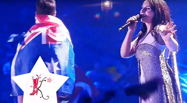 WPADKA na Eurowizji – fan pokazał gołą pupę podczas występu Jamali (VIDEO)