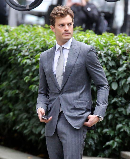 Pan Grey - lepszy z brodą czy bez? (SONDA)