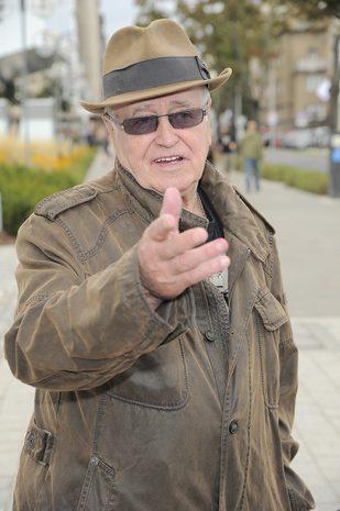 Jan Nowicki ostro krytykuje Roberta Lewandowskiego: Jest bogiem, a gra do d*py!