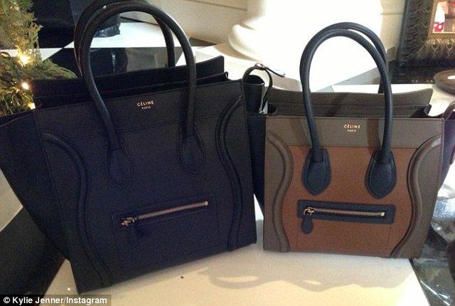 Louboutiny i markowe torby pod choinką sióstr Jenner (FOTO)