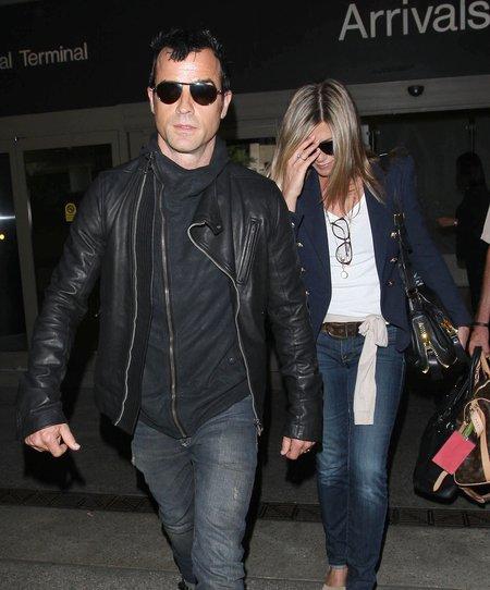 Jennifer Aniston pozwala sobą rządzić