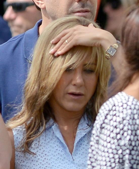 Media śmieją się z pierścionka zaręczynowego Jennifer Anisto