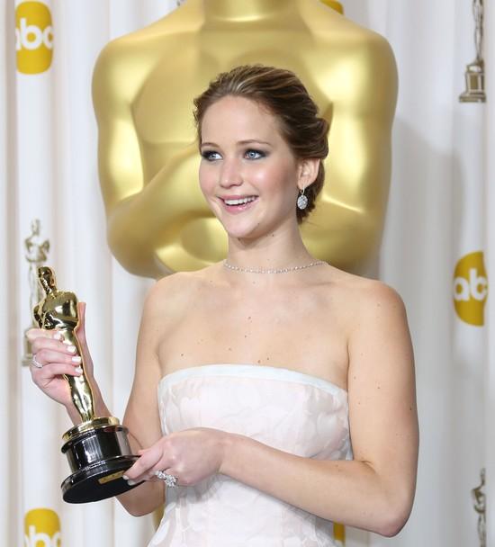 Dlaczego wszyscy kochaj� Jennifer Lawrence?