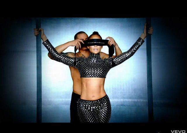 Jennifer Lopez - nowy teledysk do Dance Again [VIDEO]