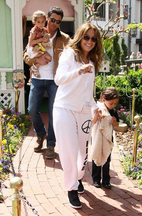 Jennifer Lopez z dzie�mi i z ch�opakiem (FOTO)