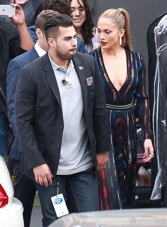 Tym razem makijaż nie ukrył zmęczenia Jennifer Lopez (FOTO)
