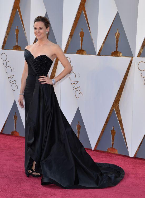 Jennifer Garner SAMA na rozdaniu Oscar�w (FOTO)