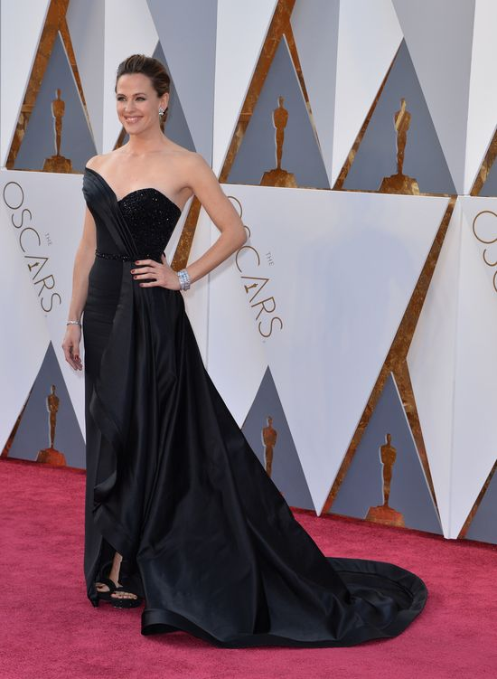 Jennifer Garner SAMA na rozdaniu Oscarów (FOTO)