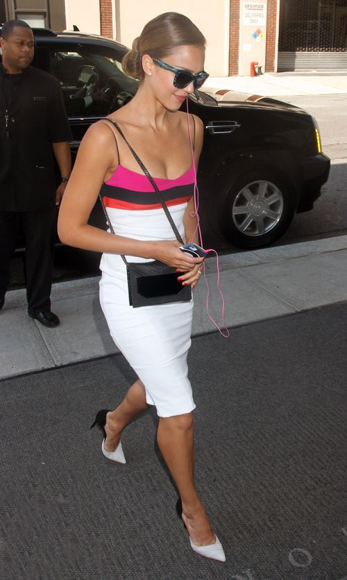 Jessica Alba ma wychodne (FOTO)