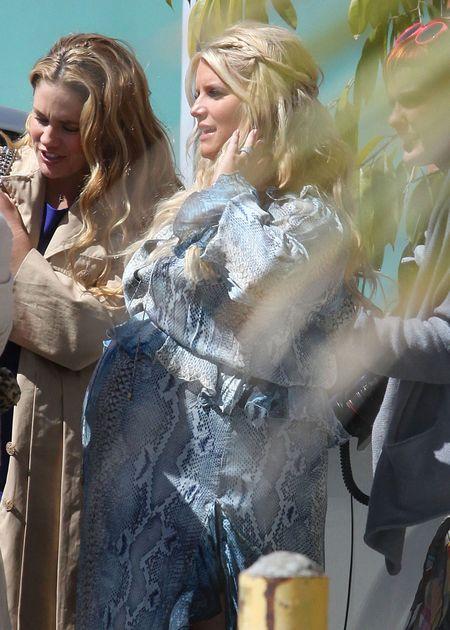 Jessica Simpson piła margaritę karmiąc piersią