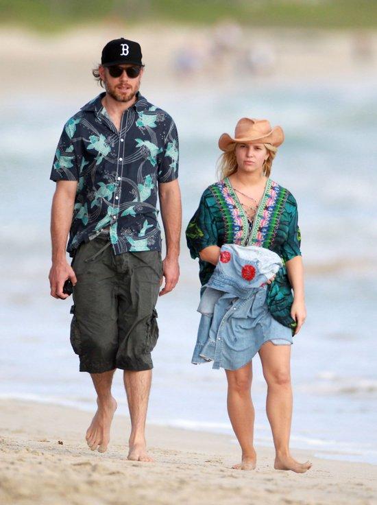 Jessica Simpson święta spędziła na Hawajach (FOTO)
