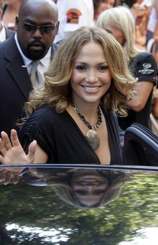 Jennifer Lopez wyprodukuje serial