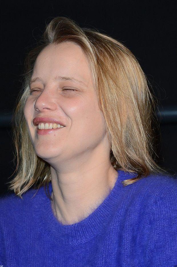 Ile może makijaż, czyli okładkowe metamorfozy Joanny Kulig