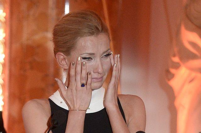 Joanna Moro płacze, bo dostała Wiktora (FOTO)