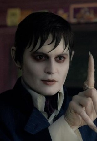 Johnny Depp jako wampir w filmie Dark Shadows (FOTO)