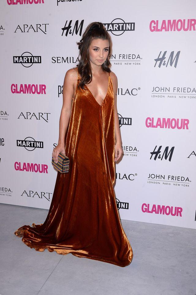 To nie jest zasłona, to sukienka Julii Wieniawy (ZDJĘCIA)