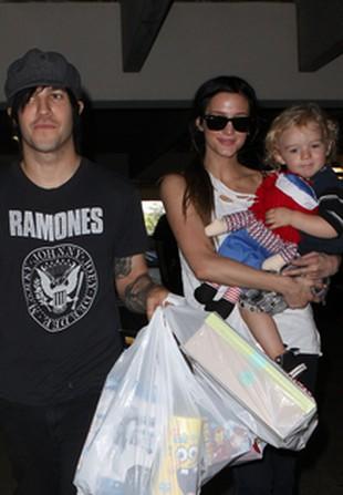 Rodzina Ashlee Simpson na zakupach (FOTO)