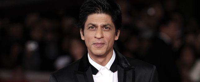 Shah Rukh Khan - bardziej popularny od Brada Pitta? (FOTO)