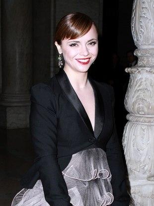 Christina Ricci uwielbia dziwne sukienki (FOTO)