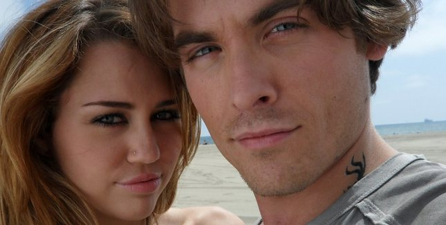 Miley Cyrus i Kevin Zegers w teledysku The Big Bang [VIDEO]