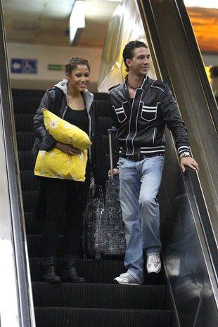 Łukasz Czarnecki żegnał Patricię Kazadi na peronie (FOTO)